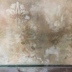 decadence muri scrostati muri antichi pareti dipinte scrostature velature delabre delavato patine antiche patine materiche