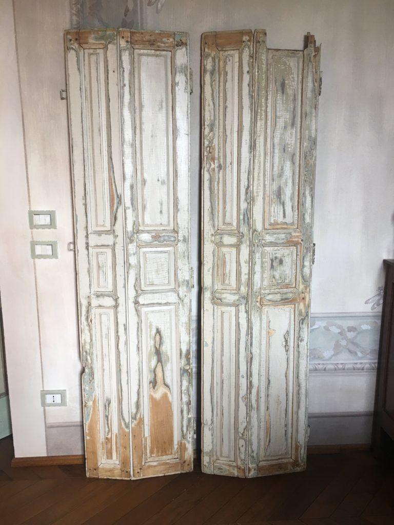 Scuretti in legno decapati barbara maldini decorazione for Corsi arredatore d interni