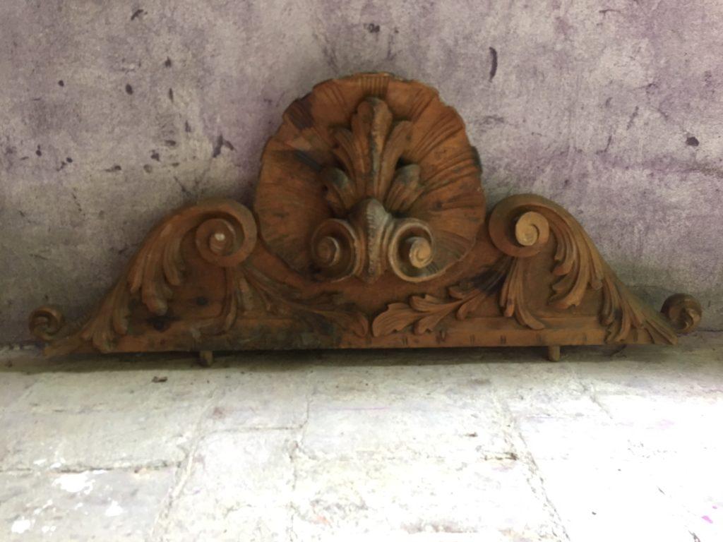 Cornice ovale anni 90 barbara maldini decorazione d for Corsi arredatore d interni